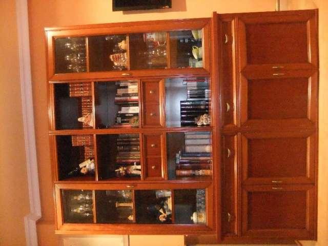 Mueble de salón tipo librería
