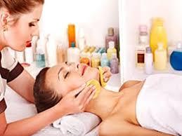 Se selecionan personal de esteticistas o peluqueras para cadenas de salones de belleza