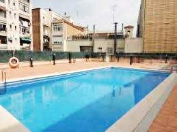 Dispone de piscina comunitaria